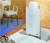 Foto в Красота и здоровье Медицинские приборы Подъёмник в ванну Capri. Электропривод (аккумулятор, в Москве 18